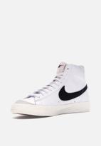 Nike - Blazer mid '77 vintage - white/black