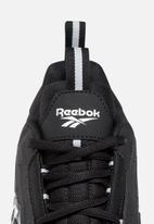 Reebok Classic - DMX Series 2200 - black / white