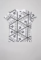 GUESS - All over triangle print tee - white