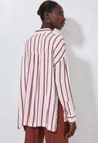 Superbalist - Longline shirt - rust & white