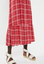 New Look - Check tier midi dress - red