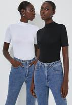 Superbalist - 2 Pack fitted high neck funnel neck tee - white & black