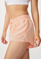 Cotton On - Move jogger short soft cameo - pink lazer