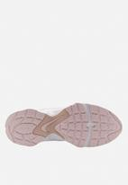 Nike - Air Heights - barely rose/white-fossil stone