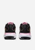 Nike - Renew Run - black/orange pulse-white-pink
