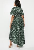 Missguided - Curve high low wrap dress - green
