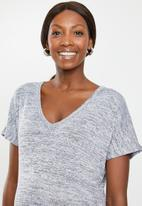 Cotton On - Maternity Karly short sleeve top - grey