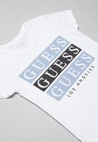 GUESS - Short sleeve Guess 3 step tee - white