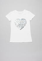 GUESS - Short sleeve peyton tee - white