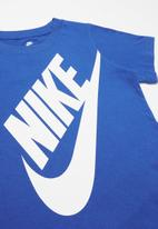 Nike - Boys jumbo futura tee - blue