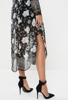 edit - Maxi wrap dress - black & white