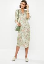 edit - Wrap over dress - green