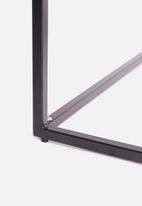 Sixth Floor - Cilla side table - black