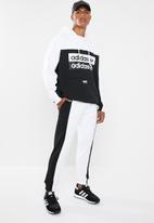 adidas Originals - Vcl sweatpants - black & white