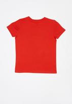 GUESS - Teens short sleeve Guess superior tee - red