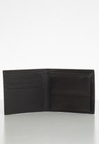 GUESS - Ryan global wallet with coin pocket - black