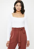 Missguided - Milkmaid ribbed square neck top - white