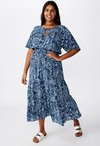 Cotton On - Curve tiered maxi dress cali paisley - navy