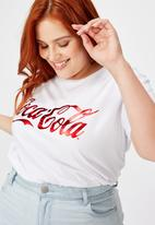 Cotton On - Curve graphic license tee coca cola script logo - white