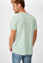 Cotton On - Essential short sleeve v neck tee - blue