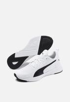 PUMA - Flyer runner - Puma white-puma black