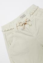Sticky Fudge - Tailored shorts - neutral