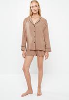 Superbalist - Sleep shirt & shorts set - neutral