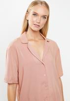 Superbalist - Sleep shirt & shorts set - pink