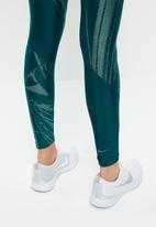 Nike - Nike speed 7/8 tights - green