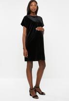 Glamorous - Maternity velvet shift dress - black