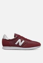 New Balance  - 720 Classic Racer - red / white