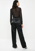 Missguided - Satin chiffon panelled jumpsuit - black