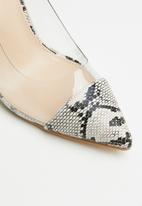 Public Desire - Potion perspex stiletto heel - beige & black