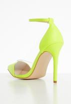 Public Desire - Debut perspex stiletto heel - yellow