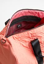 LOST - Pedestrian barrel bag - pink