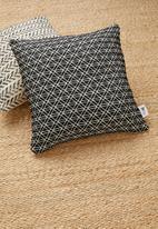 Sixth Floor - Fora cushion cover - black/white