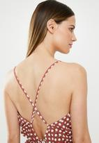 Missguided - Spot print lace hem teddy sleep suit - burgundy & white