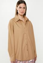 Missguided - Extreme oversized poplin shirt - camel
