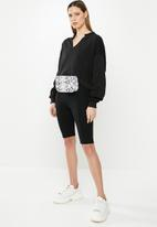 Missguided - V front oversized sweat - black