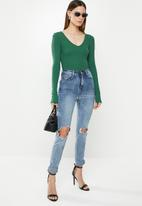 Missguided - V Neck ribbed long sleeve bodysuit - green