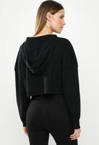 Missguided - Ribbed hooded crop jumper - black