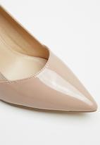 Superbalist - Lori court block heel - blush