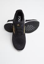 adidas Performance - Edge lux 3 w - core black gold met
