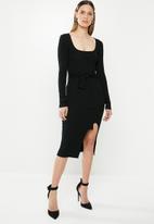 Missguided - Ribbed tie waist midi dress - black