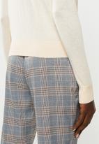 Vero Moda - Milda long sleeve o-neck button knit - cream