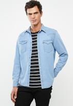 Levi's® - Classic western denim shirt - blue