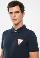 GUESS - Triangle chest print polo - navy