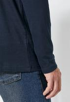 Superbalist - Plain long sleeve crew neck tee - navy