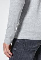 Superbalist - Plain long sleeve crew neck tee - grey