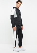Nike - Nike sportswear pullover hoodie - multi